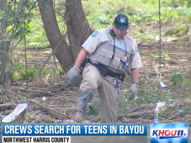 teens missing in White Oak Bayou crash September 2013 crew member searching