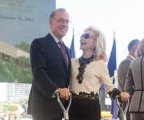 Gary Tinterow and Lynn Wyatt at groundbreaking for the  Fayez S. Sarofim Campus and the new Glassell School of Art