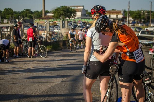 Cyclists prepare