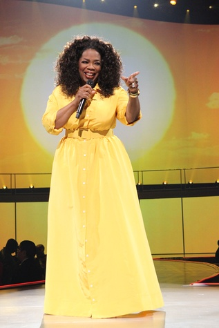 Oprah finger point