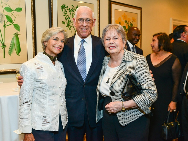 Anne and John Mendelsohn, left, with Kathrine McGovern at the Center for Houston's Future dinner October 2013