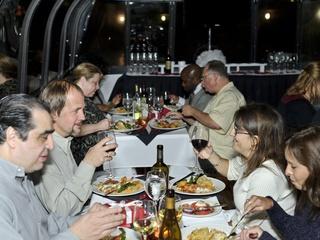 Landry's Memorial Day Weekend Dinner Cruises