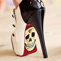 stiletto heels shoes skulls RUN FLAT