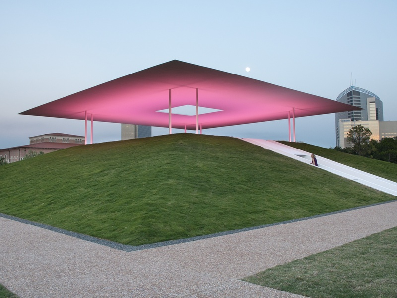 News_020_Turrell Skyscape dedication_May 2012_Turrell Skyscape.jpg