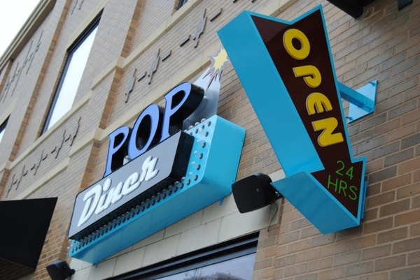 Pop Diner bar