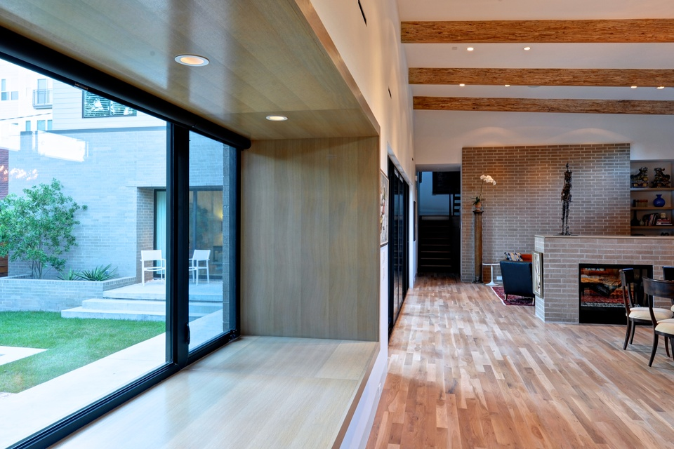 Modern home tour opens doors on seven fab contemporary for Mid century modern architects houston
