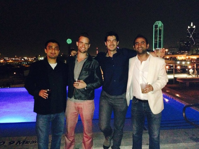 SMU Cox students at happy hour