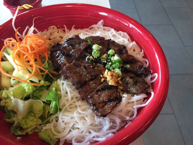 NAM Noodles and More food
