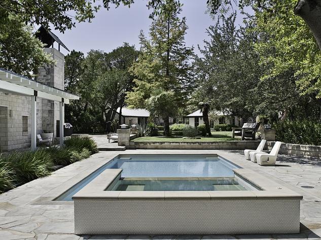 16219 Flintrock Rd Austin Pool