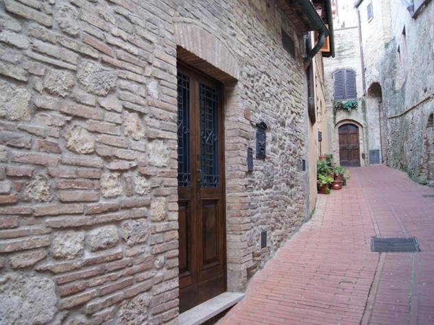 5 San Gimignano