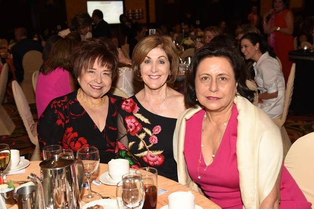 Houston, News, Shelby, Latin Women's Initiative, May 2015, Trini Mendenhall, Karen Winston, Gabriella Munoz