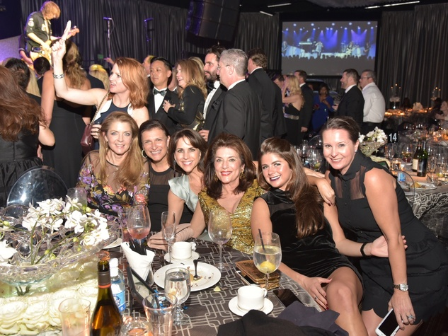 Houston Children's Charity 20th anniversary Paige Fertitta, Deanna Barton, Maria Bush, Dancie Ware, Blayne Fertitta, Heidi Jacquin
