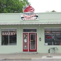 Austin Photo: Places_Food_sugar_mamas_bakeshop_exterior
