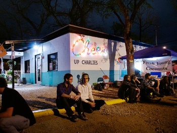 austin photo: places_bar_Cheer_up_charlies_exterior