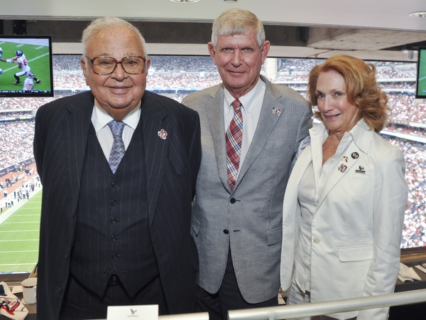 015_Texans Owners Suite, September 2012, Fayez Sarofim, Tommy Reckling and Isla Reckling