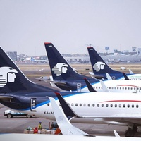 Aeromexico flight planes airport