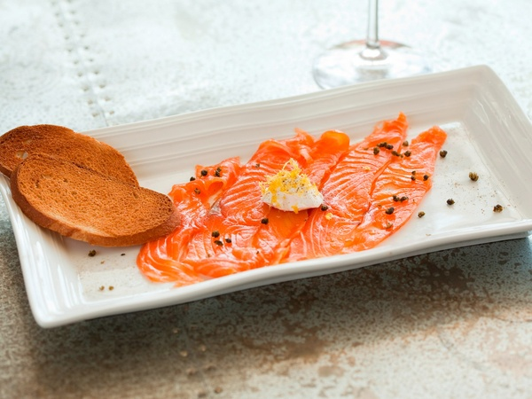 L'Olivier-House Smoked Salmon