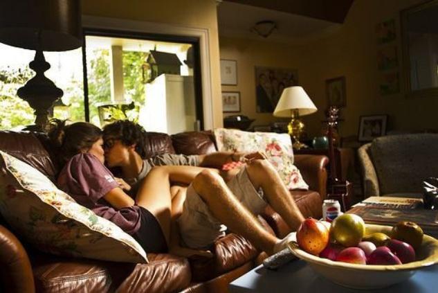 Austin Photo Set: News_Mikela_relationship moving fast_nov 2012