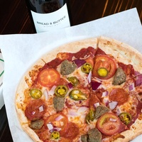 Inferno pizza and wine
