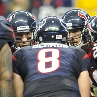 Matt Schaub huddle