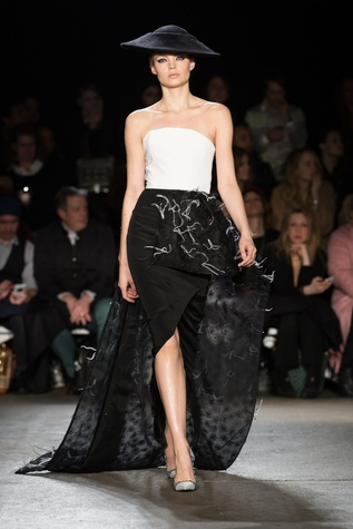 Christian Siriano fall collection look 41
