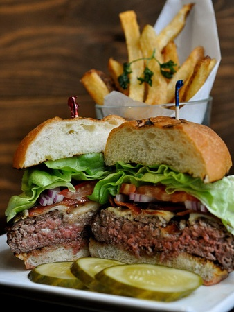 News_Branch Water Tavern_hamburger_burger