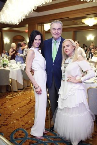 Jessica Rossman, Gordon Bethune, Carolyn Farb at Great Age Movement fundraiser