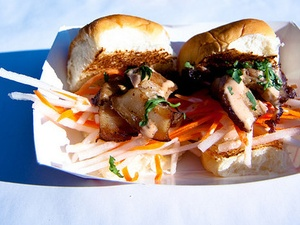 Bahn Mi sliders from the Peached Tortilla