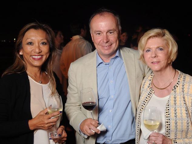 Orbis Flying Eye Yeet and Jonathan Howells, Marjorie Evans