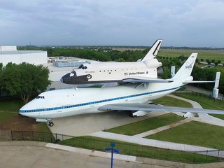 Space Center Houston presents Independence Plaza opening