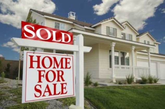 Austin Photo Set: News_steven bray_buying a home_feb 2012_home with for sale sold sign