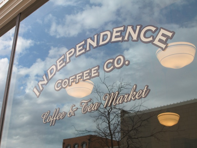 News_Ruthie_Brenham and Bluebonnets_Independence Coffee