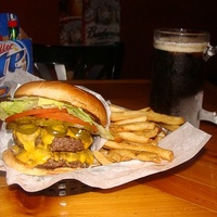 Places_Food_Christian's Tailgate Bar and Grill_cheeseburger_hamburger