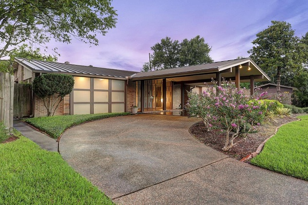 Midcentury modern house brings awardwinning style to the market